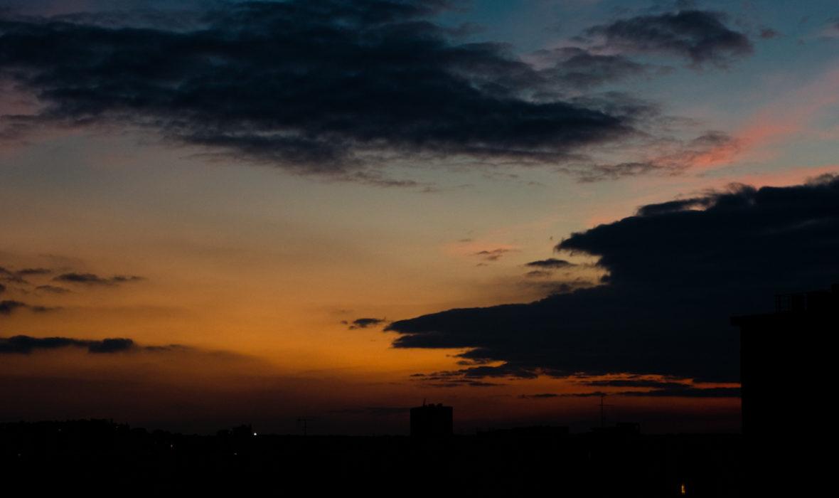Basics le soleil se l ve l 39 est lense - Le soleil se couche a l ouest ...