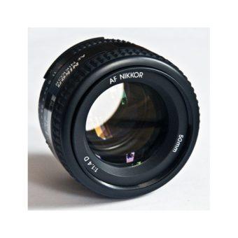 597px-Nikon_AF_NIKKOR_50_mm_14D.jpg
