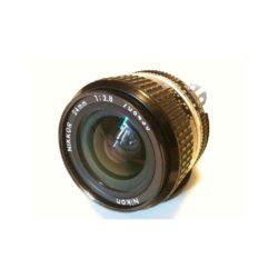 800px-Nikkor_24_mm_f2.8.jpg