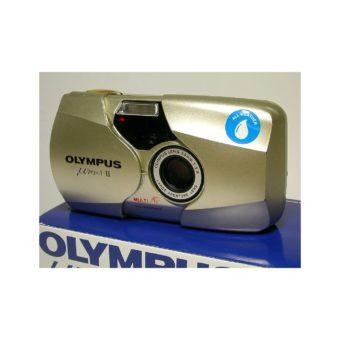 800px-Olympus_mju_II-gold-front.jpg