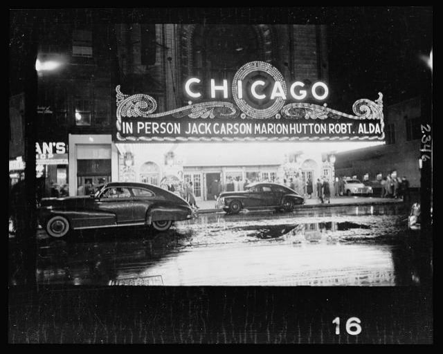 25.-People-arriving-at-a-Chicago-theater-for-show-starring-in-person-Jack-Carson-Marion-Hutton-and-Robert-Alda.jpg