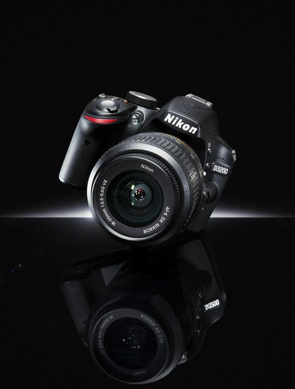 nikon d3200 l 39 entr e de gamme en 24mp lense. Black Bedroom Furniture Sets. Home Design Ideas