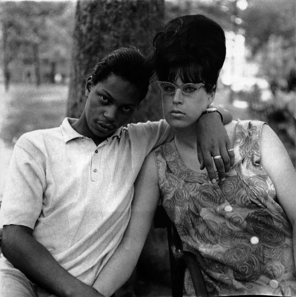 a-young-man-and-his-pregnant-wife-in-washington-square-park-diane-arbus-ny-1965.jpeg