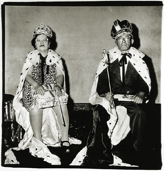 the-king-and-queen-of-a-senior-citizens-dance-diane-arbus-ny-1970.jpeg