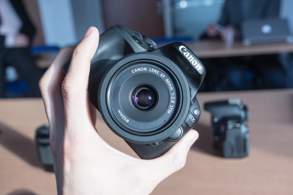 canon eos 100d super petit assez costaud lense. Black Bedroom Furniture Sets. Home Design Ideas