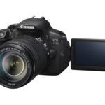 EOS 700D FSL LCD OPEN w EF-S 18-135mm IS STM