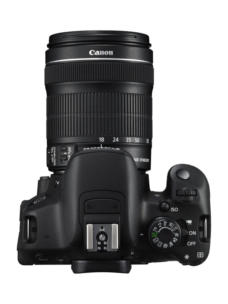 EOS 700D TOP w EF-S 18-135mm IS STM