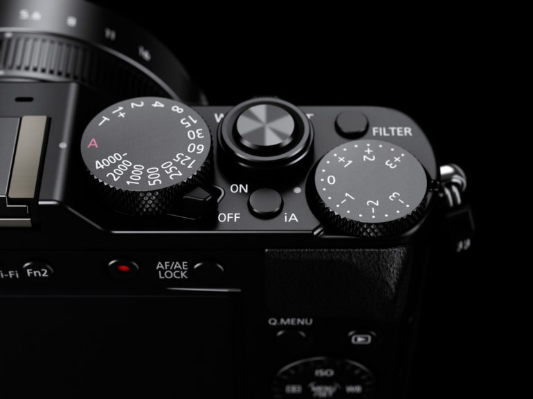 LUMIX-LX100-iA-Button.jpg