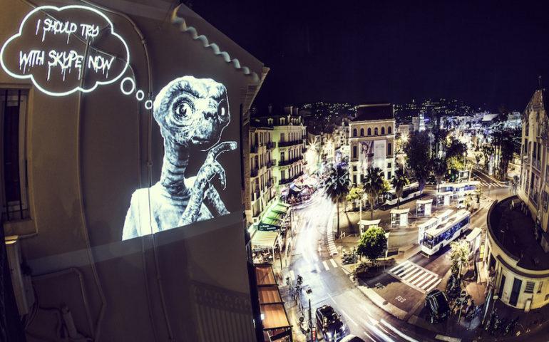 projecteur-street-art-public-nuit-03.jpg