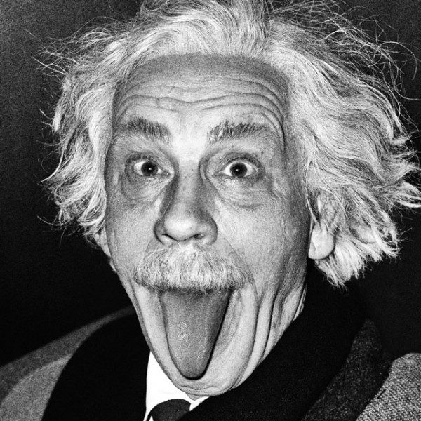 Arthur_Sasse___Albert_Einstein_Sticking_Out_His_Tongue_1951_2014-600x600.jpg