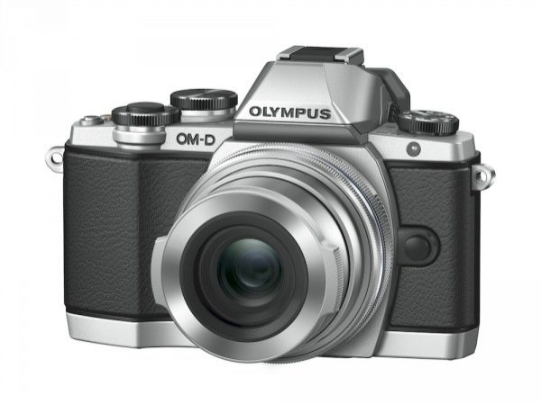 OM-D_E-M10_EZ-M1442EZ_LC-37C_silver__Product_0111-600x450.jpg
