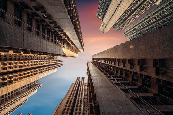 Peter-Stewart-Swimming-Into-Vertigo-Stacked-Hong-Kong-M.jpg