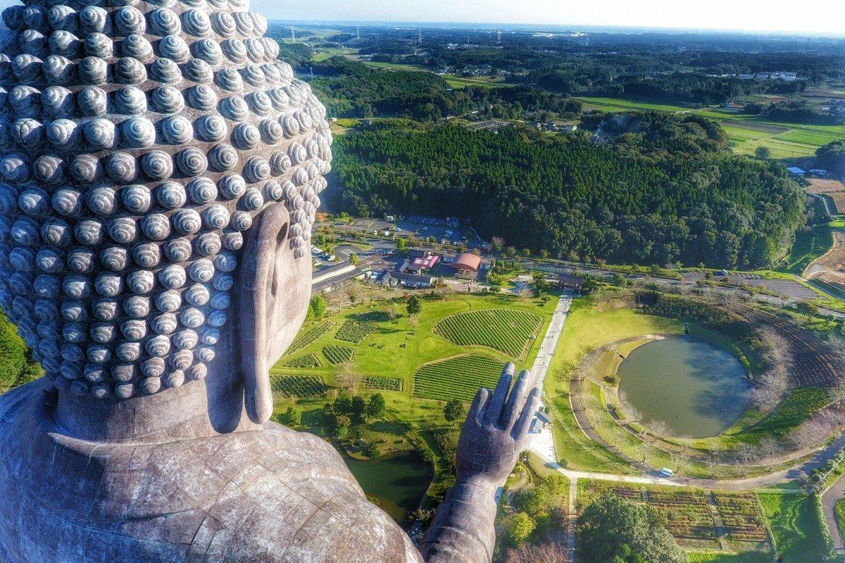 Big Buddha, Ushiku Daibutsuby, Japan - © cliechti