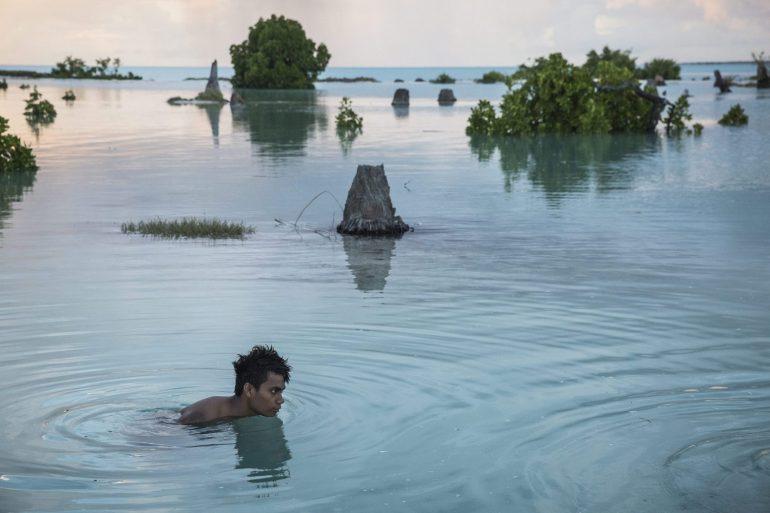 WARM WATERS: KIRIBATI