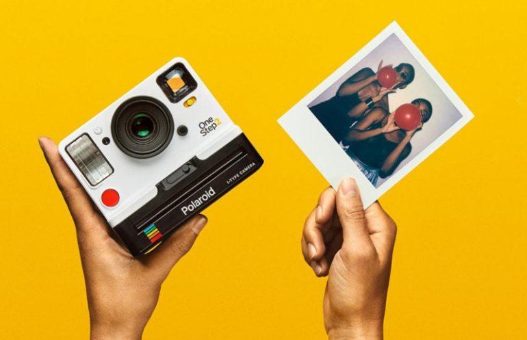 polaroiditypeandfilm-800x516