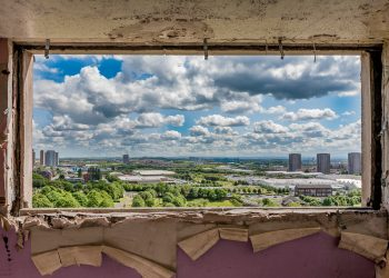 DISAPPEARING-GLASGOW-CHRIS-LESLIE