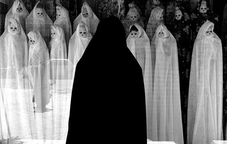 1496954110uv3ubwhite_veils