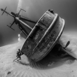 OCD Diver Tries To Right Shipwreck