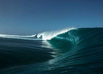 benthouard-vague-teahupoo