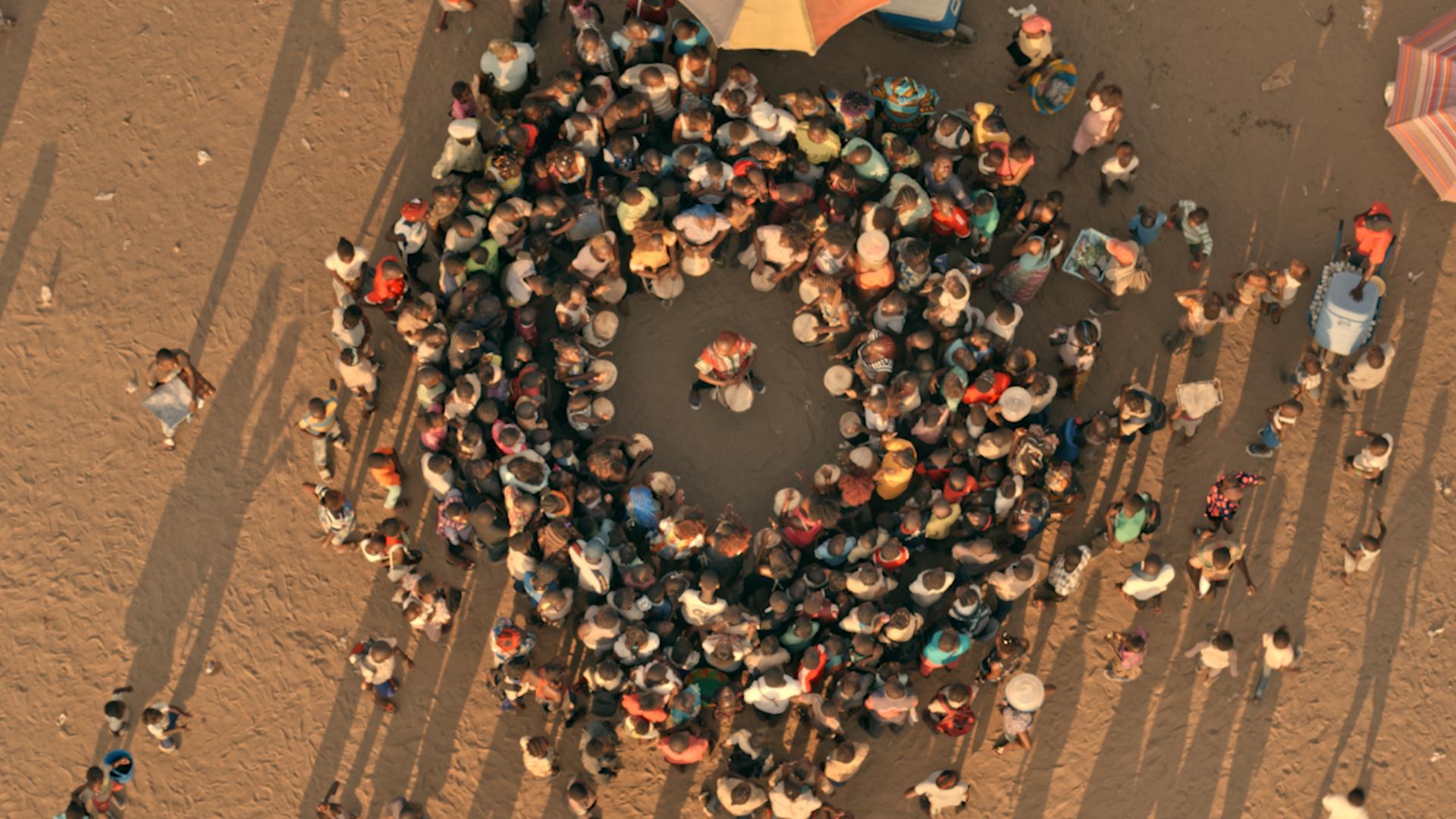 Yann Arthus-Bertrand et DJI présentent les photos du making of de Woman