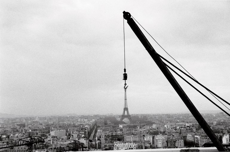 Depuis-la-Tour-Montparnasse,-Paris-14e,-1963.-©-Bernard-Plossu