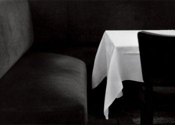 La-Coupole,-Boulevard-du-Montparnasse,-Paris-14e,-1973.-©-Bernard-Plossu