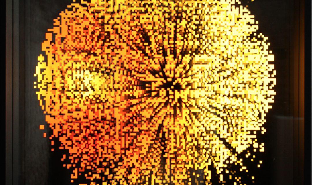 CHEVALIER_2010_PixelsInfiniOrange