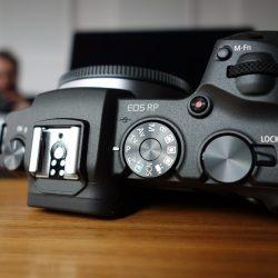 Canon-eos-rp-01