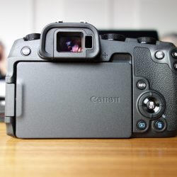 Canon-eos-rp-04