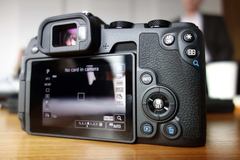 Canon EOS RP : l'hybride plein format à 1 499 €   Lense