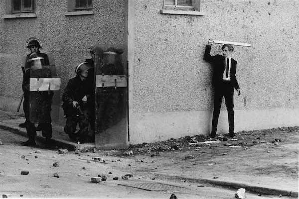 Don-McCullin-Northern-Ireland-The-Bogside-Londonderry-1971