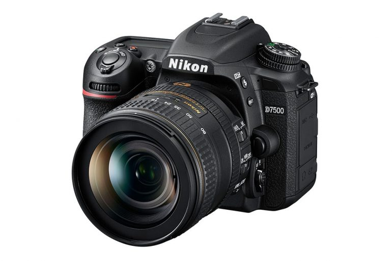 nikon-d7500-01-1000px