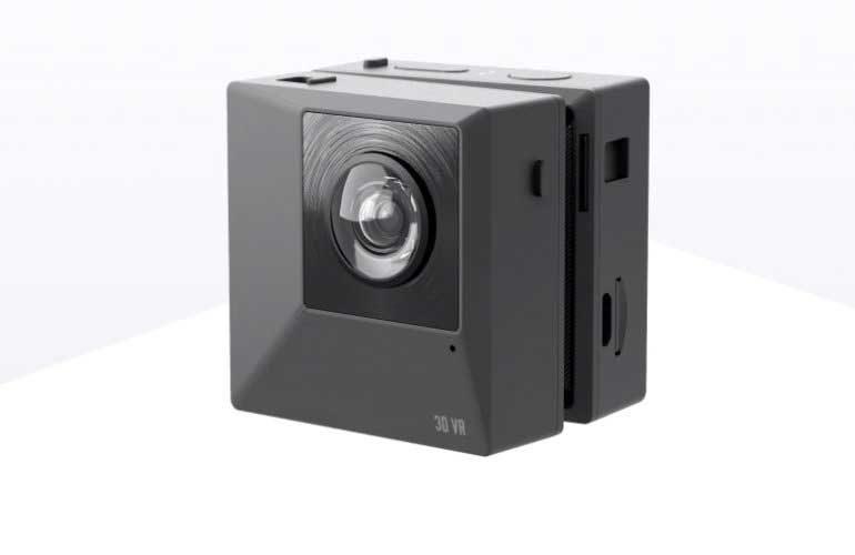 Insta-360-EVO-9
