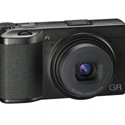 ricoh-GR-III
