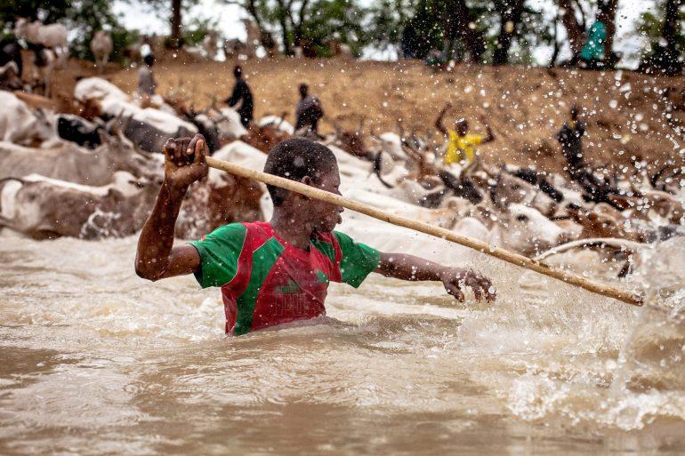 1-Passage d'un bas fond à coté de Kaféga, Togo 2016 ©Gilles Coulon copurtesy galerie Sit Down_