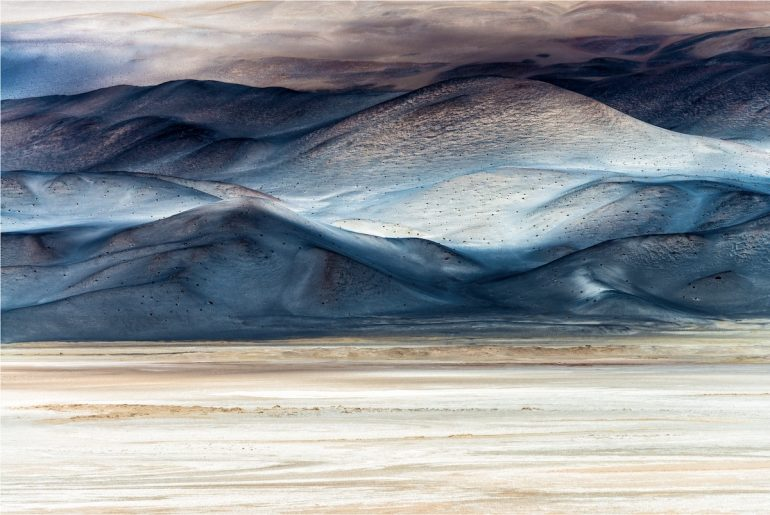 Les gagnants du BigPicture Natural World Big-Picture-Natural-World-Photo-Contest-1-Salvadori-Clouds-of-Salt-770x515