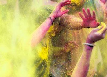 Holi-Poudre jaune