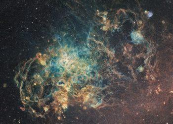 large-magellanic-cloud-detail-ciel-austral-astrophotography