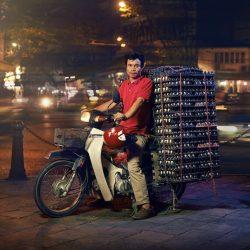 motorcycle-delivery-hanoi-photos-jon-enoch-5