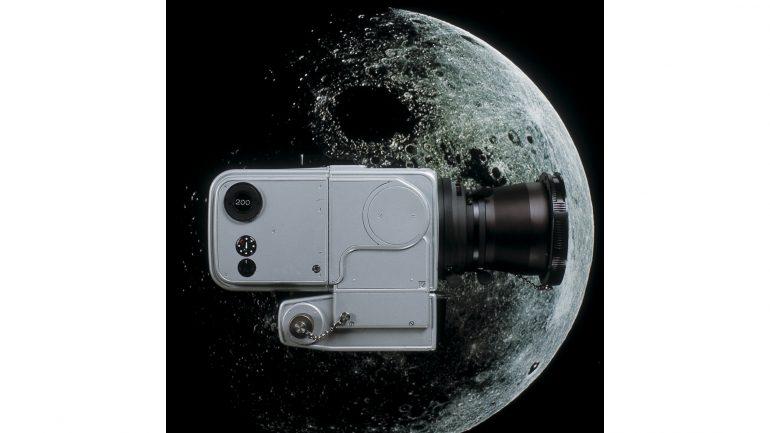 0ca303acb415d0469eb91ec52092e739046c0452_mooncamera_moon