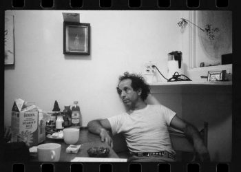USA. New York City. 1969. Robert Frank at his home on West 86th Street.