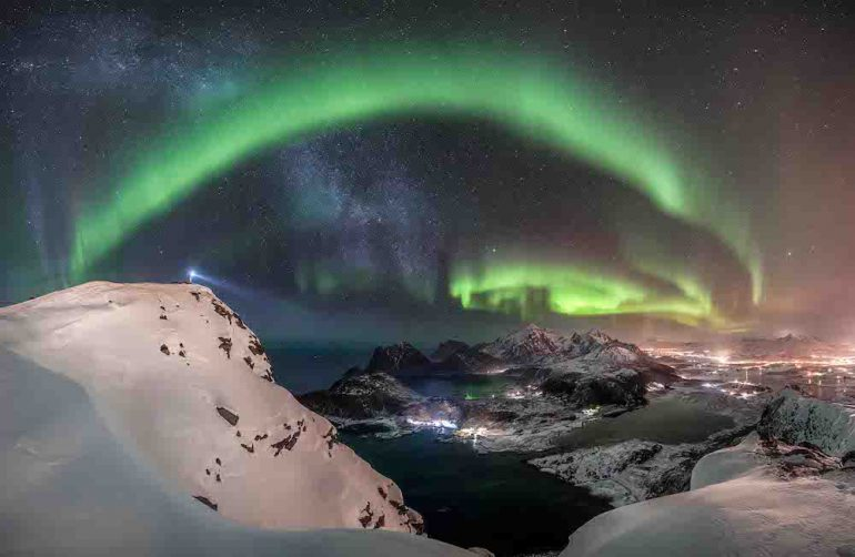 the-watcher-nicolai-brugger-aurorae-winner