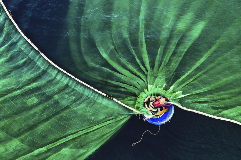 The-Nature-Conservancy-Photo-Contest-People-1st
