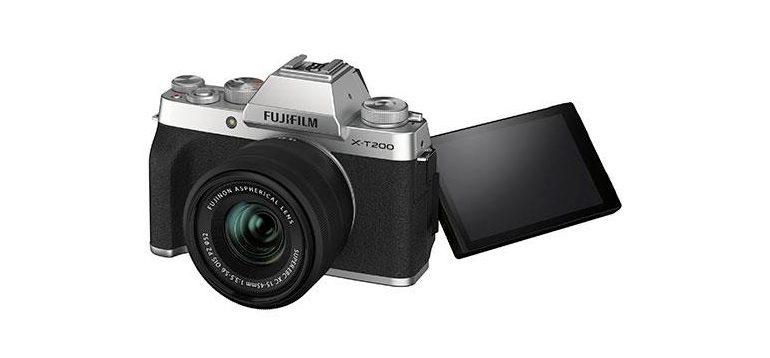 Fujifilm-X-T200-1