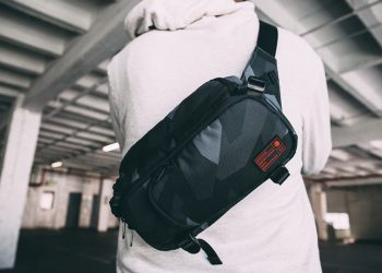 hex mini dslr sling-couv