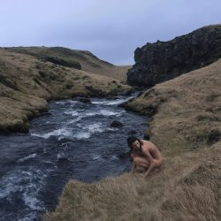 Islande-nude