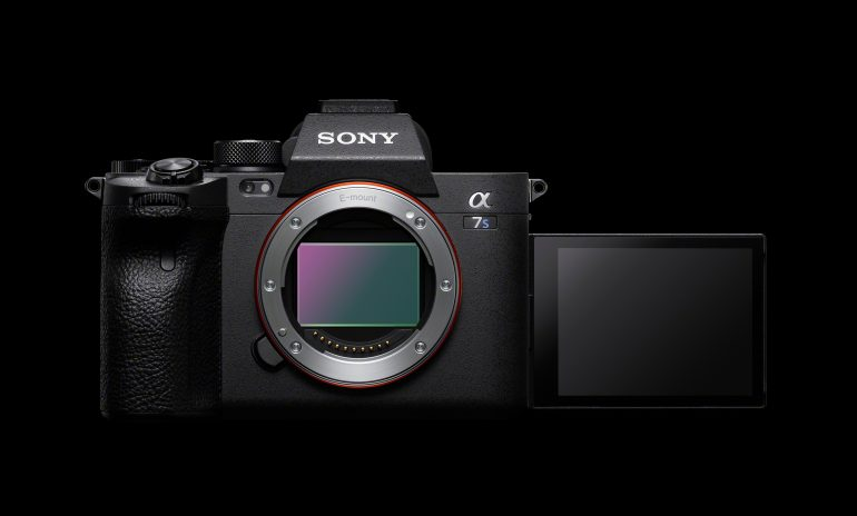 A7SIII_front-Large