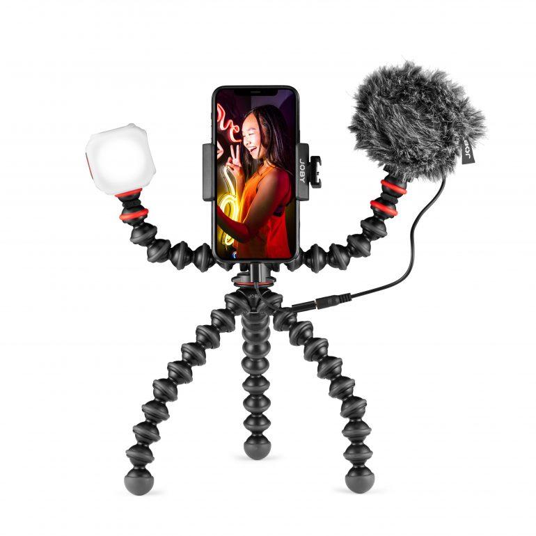 GorillaPod_JOBY_Vlogging-Kit_JB01645-BWW_standing-portrait