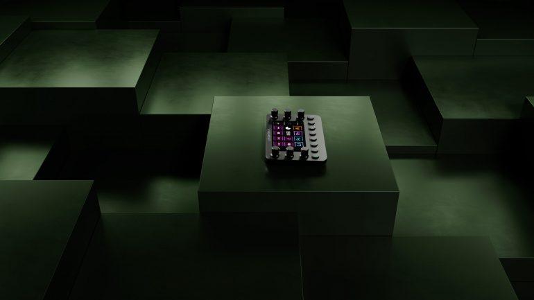 Loupedeck_Live_Creator_3_3_FINAL_Cam_01
