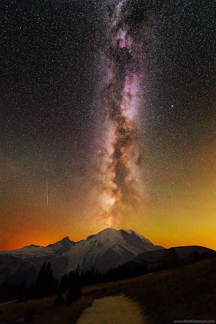 mt-rainier-milky-way-matt-dieterich-2